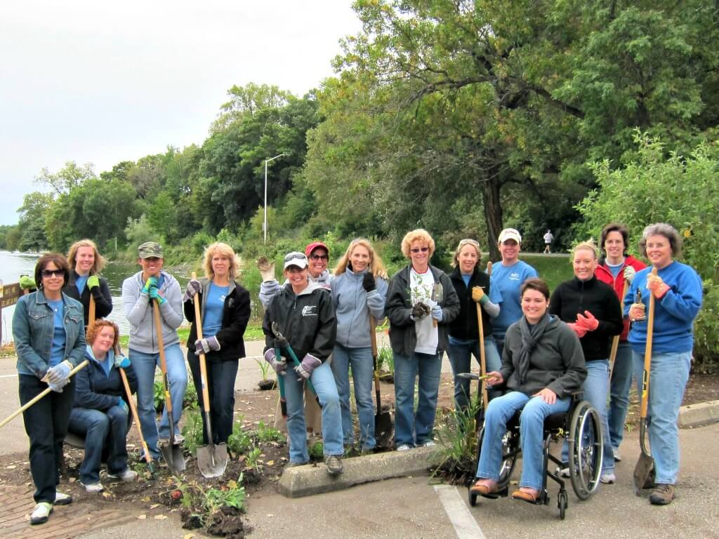 Riverside Park volunteers
